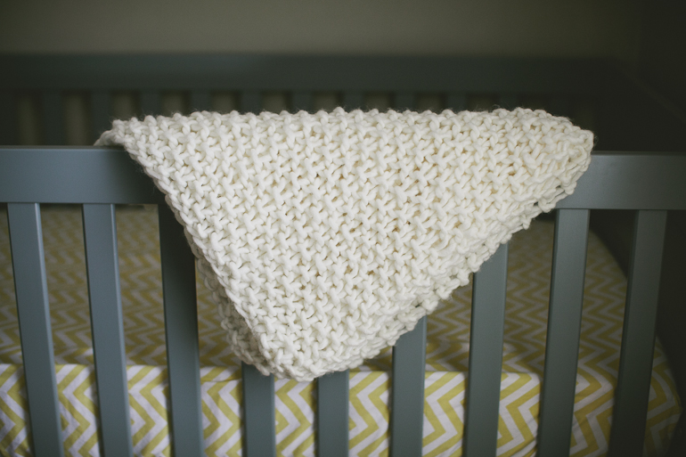 Chunky Knit Baby Blanket Maker Crate