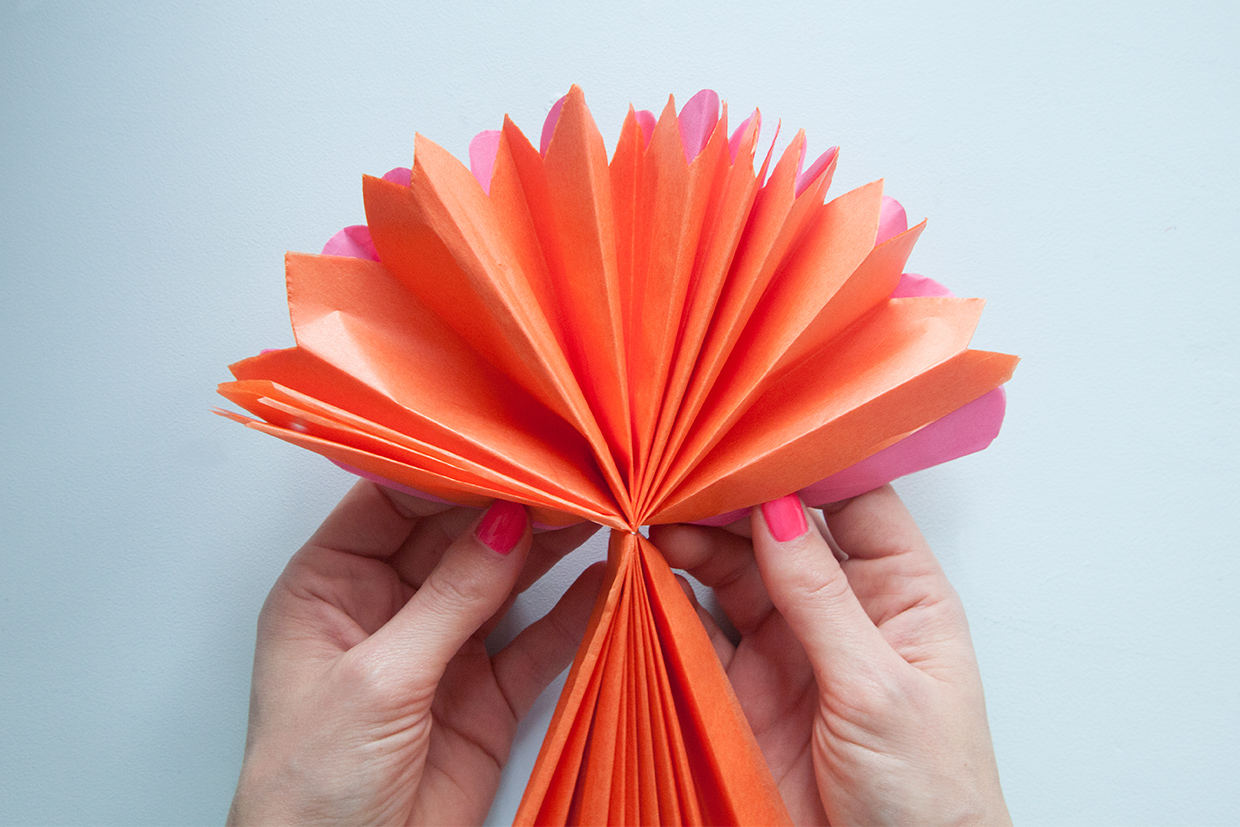 Modern paper flower pens adornment wedding and flowers ispiration beautiful paper flower pens sketch wedding and flowers ispiration mightylinksfo